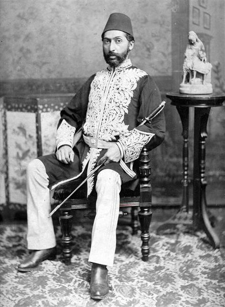 حاجی واشنگتن - حسینقلی خان نوری